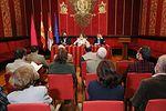 """La alcaldesa destaca la visión """"moderna y global"""" que el autor Adolfo de Mingo ofrece sobre Alfonso X en su última publicación"""