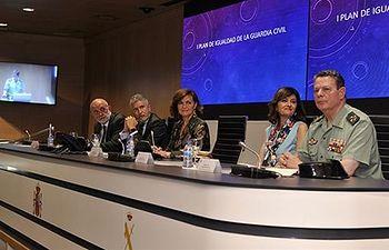 La vicepresidenta del Gobierno, ministra de la Presidencia, Relaciones con las Cortes e Igualdad en funciones, Carmen Calvo.