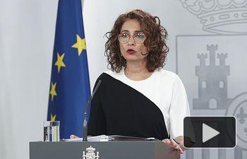 La ministra portavoz y de Hacienda, María Jesús Montero, comparece ante los medios tras el Consejo de Ministros celebrado en Moncloa, en Madrid (España), a 26 de mayo de 2020. Foto: Europa Press 2020