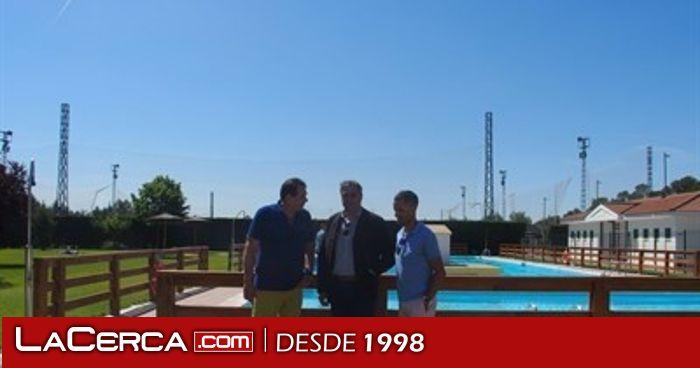 Mariscal visita la piscina de tiradores altos en el primer for Piscina santa teresa albacete