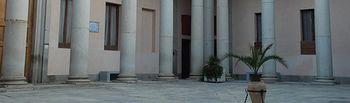 El Centro de Estudios Europeos tiene su sede en el edificio de Lorenzana.