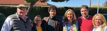 El Casar. Silvia Valmaña y Miguel Abellán, junto a otros candidatos del PP, en Toromundial.