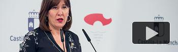 La consejera de Igualdad y portavoz del Gobierno regional, Blanca Fernández, comparece en rueda de prensa en el Palacio de Fuensalida, para informar sobre los acuerdos del Consejo de Gobierno. (Fotos: A. Pérez Herrera // JCCM)   .