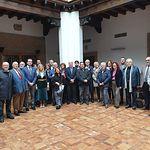 Foto de familia de los académicos asistentes a la Junta Directiva y la Asamblea General de la Academia de Gastronomía de CLM celebrada en Toledo este 27 de noviembre, en el Palacio de Benacazón, en Toledo.
