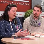 Verónica García Gómez, presidenta de la Red Feminista de Albacete y Carlos González Beltrán, miembro de la Red Feminista de Albacete