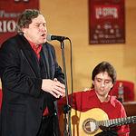 El cantautor flamenco Manuel Gerena, durante un momento de su actuación.