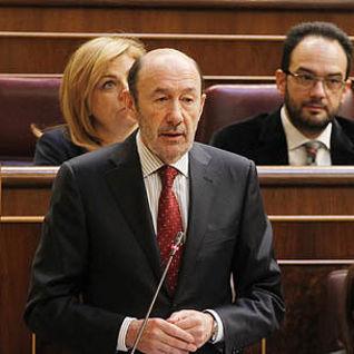Alfredo Pérez Rubalcaba durante su intervención en la sesión de control